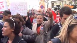 Tunisian Women on Fight
